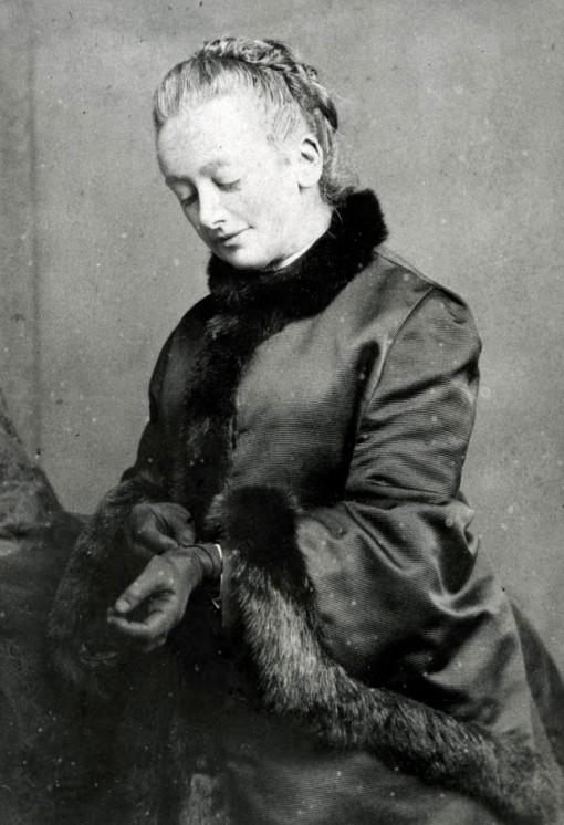 Amelia B Edwards