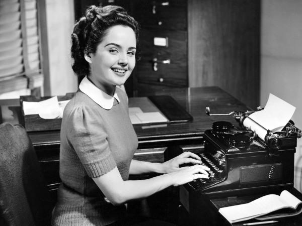 Servicios de redacción, corrección de textos, redactor freelance, traducción